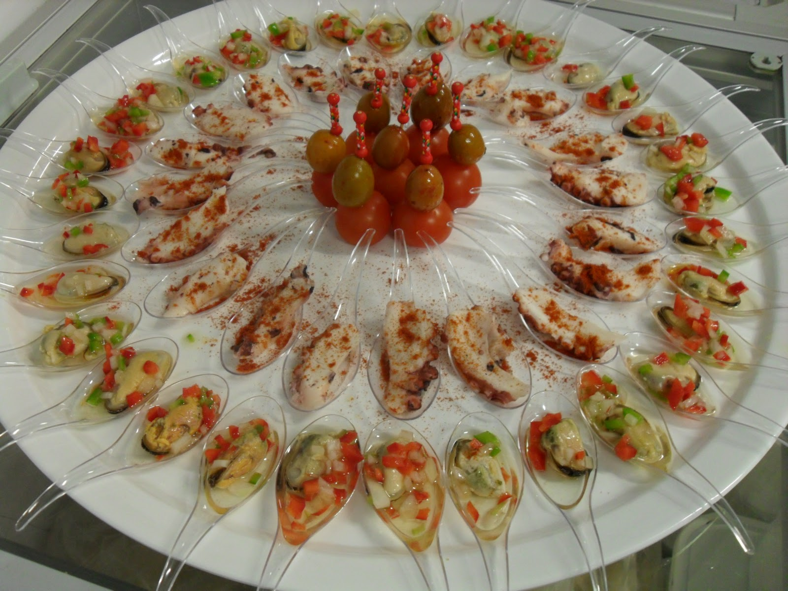 Aperitivos frios for Canapes faciles y rapidos