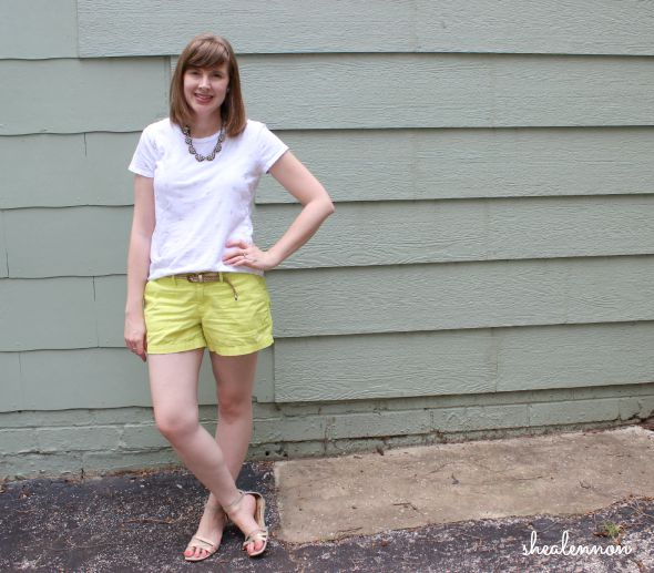 How to style chartreuse shorts | www.shealennon.com