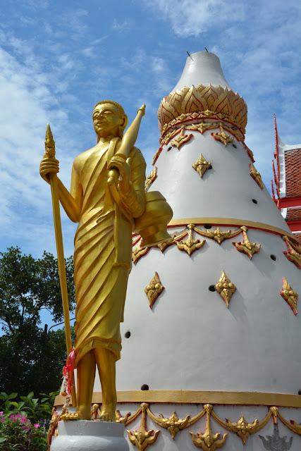 Wat Karon Phuket stupa