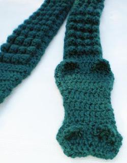 I love to crochet & more!: Crochet Alligator Scarf