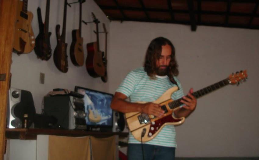 Paixão por instrumentos musicais