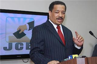 Presidente de la JCE advierte a partidos no pueden imponer sus propuestas a la institución