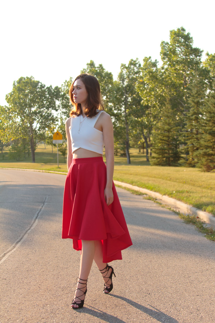 dipped hem, crop top, asymmetrical skirt, lace up sandals, summer fashion, outfit, personal style