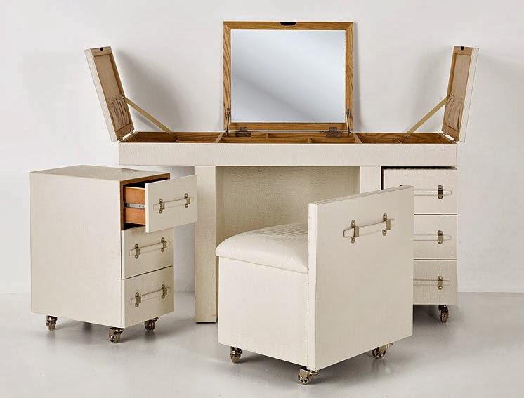 http://www.portobellostreet.es/mueble/13909/Baul-blanco-de-viaje-Cosmopolitan