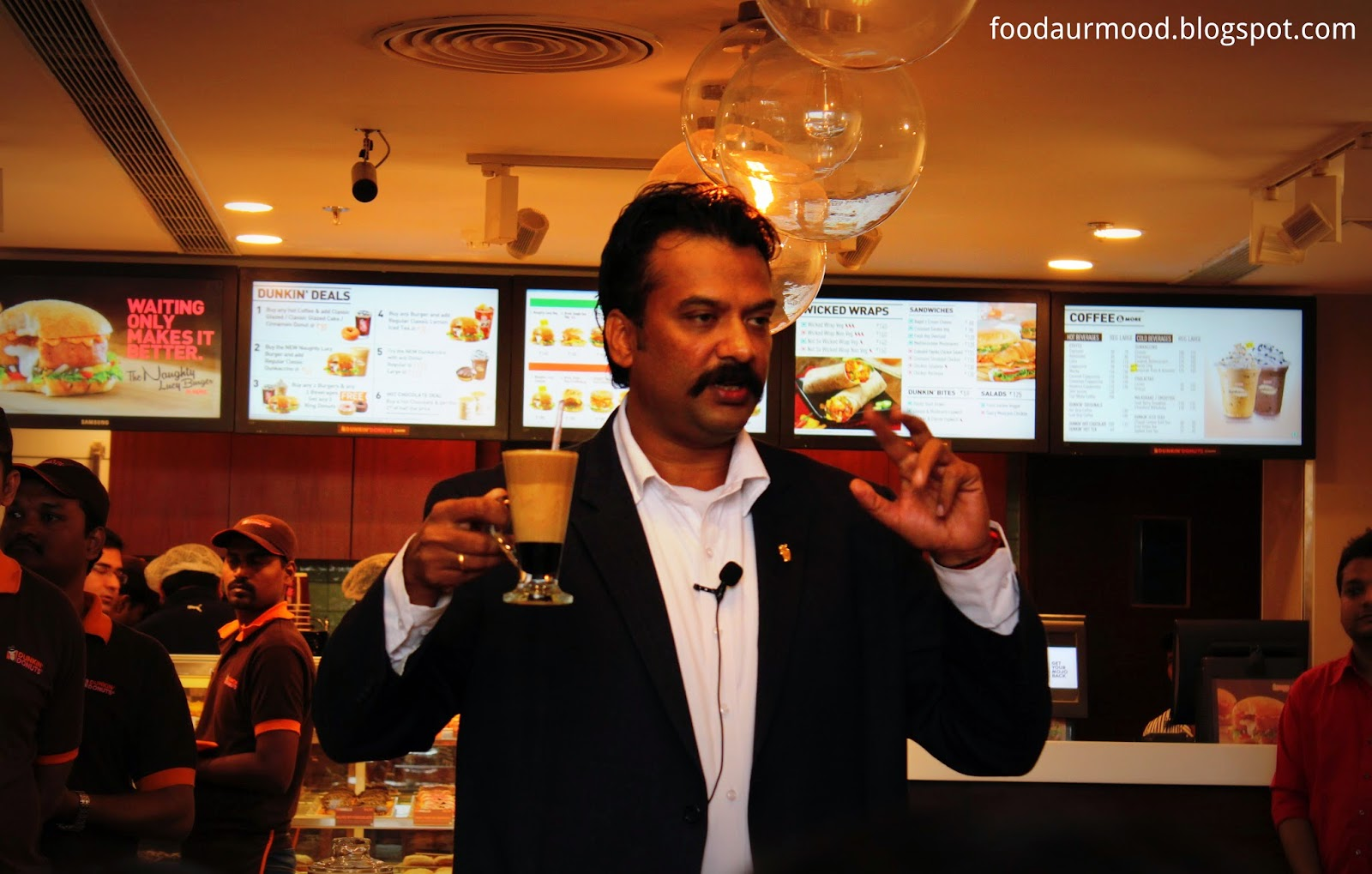 Dunkin Donuts India, Dunkin Donuts CP, connaught Place, Coffee, Stir Acino