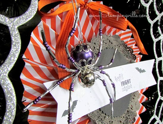 Frightful Wreath spider accent detail photo