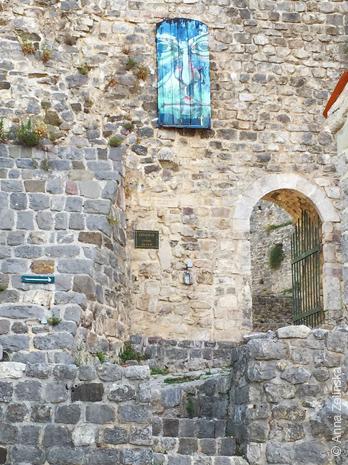 Расписные ставни в Старом Баре, Черногория