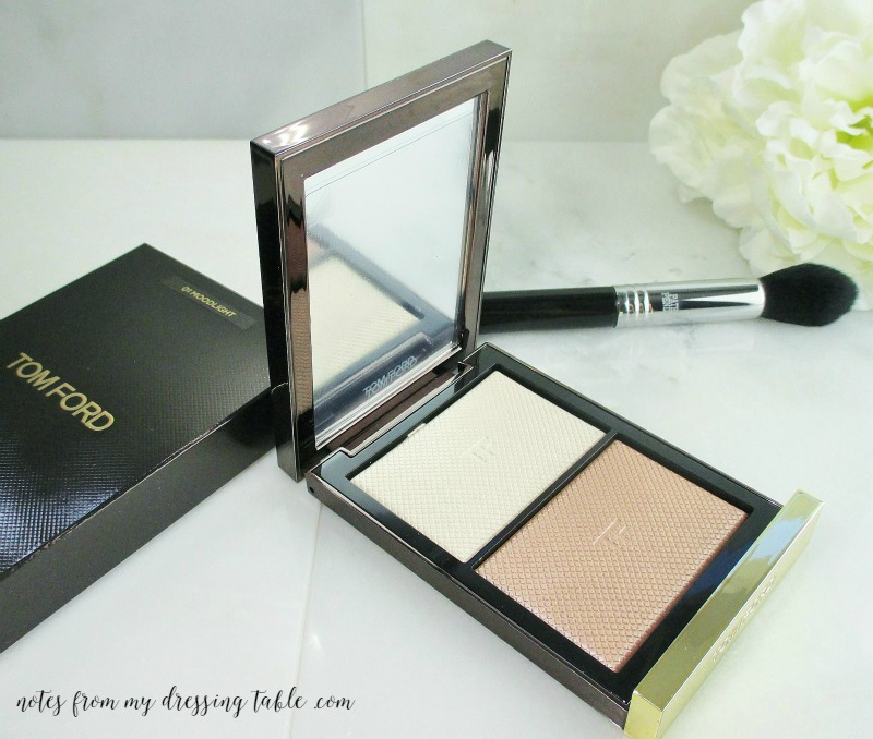 Tom Ford Skin Illuminating Powder in Moodlight Details notesfrommydressingtable.com