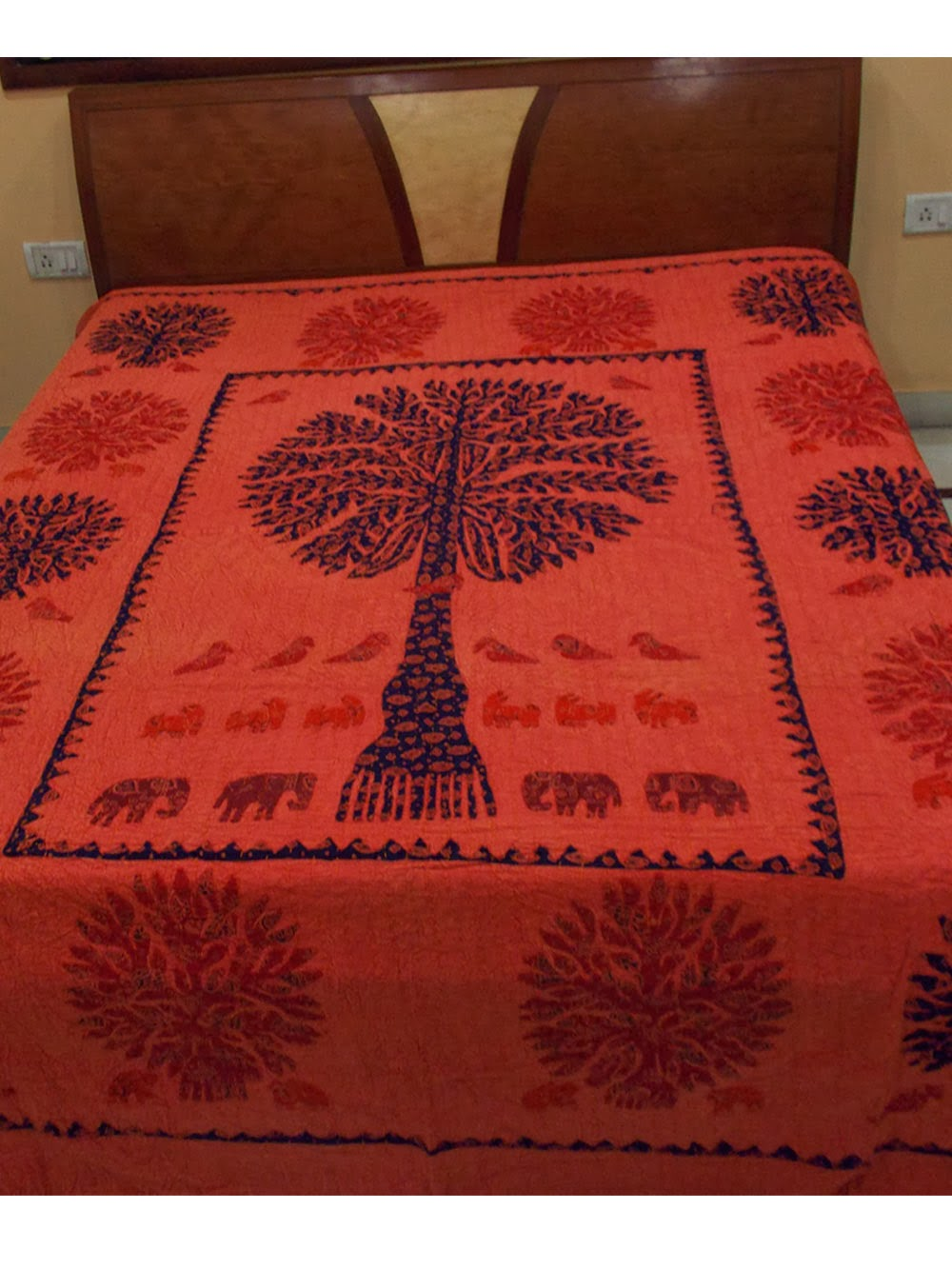 Bed sheet design patchwork -  Is Known For Its Supreme Handicrafts This State Has Also Acquired A Big Name In Apparels Home Furnishing Exclusively Designed Bed Sheets Are The