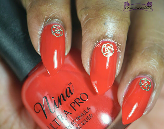 Lady Queen Pentagram Flower Nail Art Decoration Review