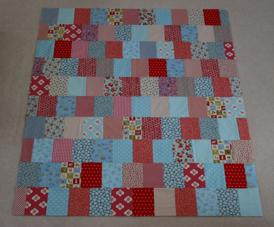 Crazy Quilt Pattern Fabric : crazy mom quilts: easy as pie quilt