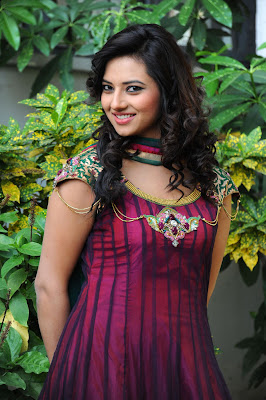 isha chawla isha chawla new spicy hot images