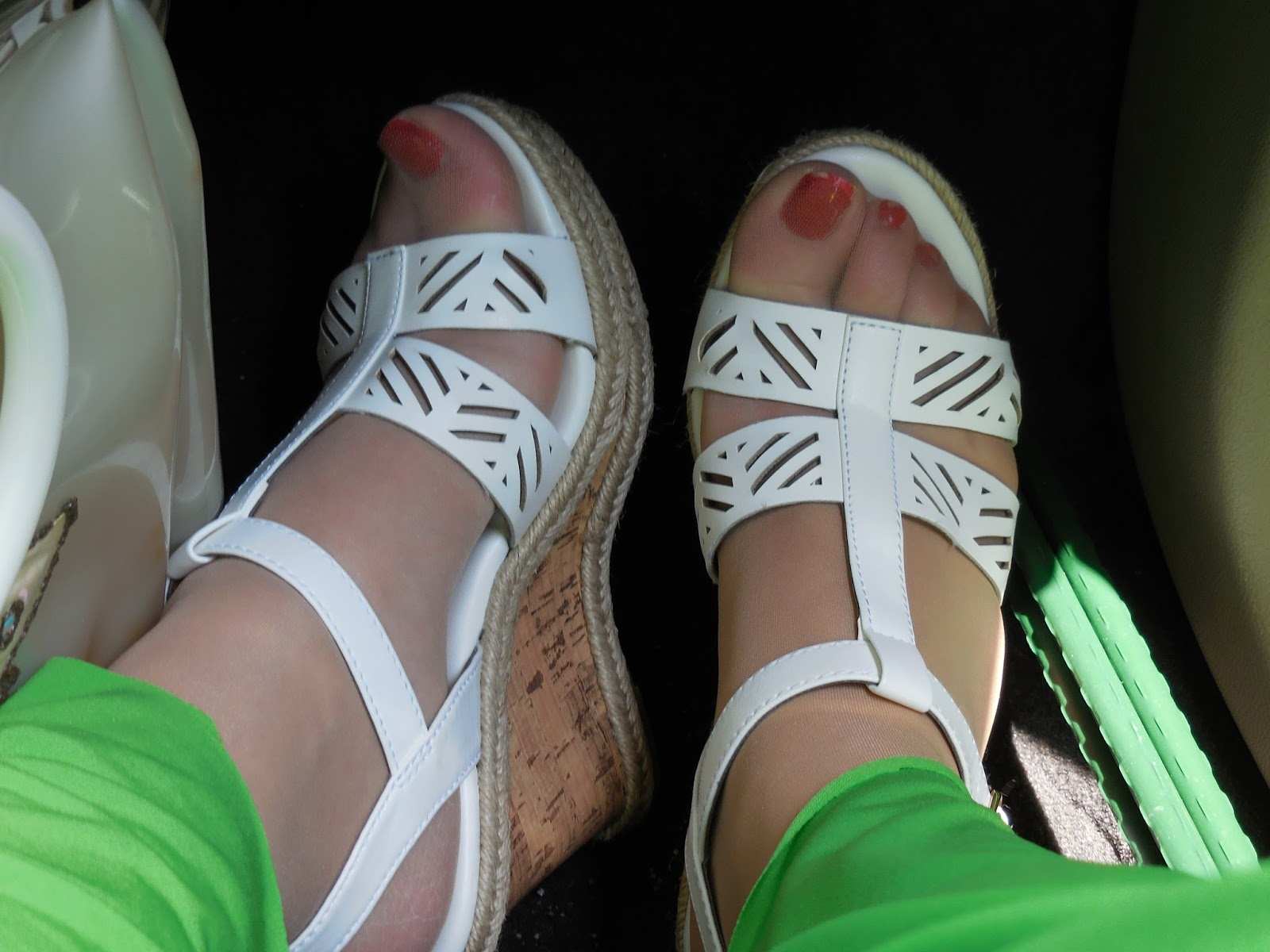 Shoe Tits 25