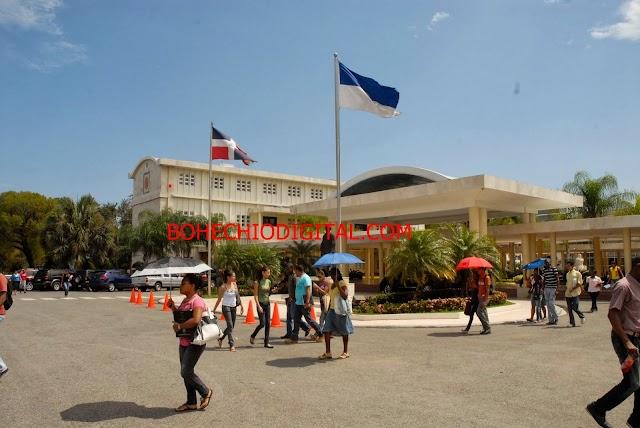 Estudiantes denuncian irregularidades en reinscripción de la UASD