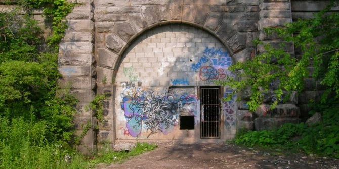 Terowongan Misterius Paling Angker