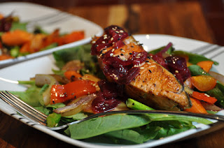 Salmon Salad with Cherry Sauce