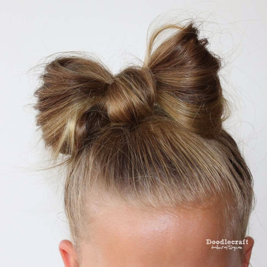 Doodlecraft hair hair bows pull up on each side of the bow gently while misting with hair spray the more you spray the more you can mold your bow into the perfect shape urmus Choice Image