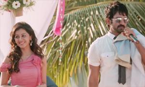 Sokkana Ponnu Official Video Song | Yaagavarayinum Naa Kaakka | Aadhi | Nikki Galrani