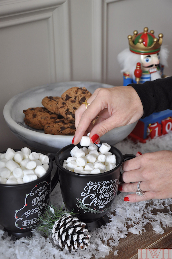 Hot cocoa on Christmas morning served in the cutest chalk mugs | Honey We're Home