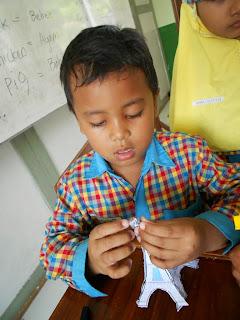 Paper Craft: Cara Murah dan Mudah untuk Meningkatkan Kharakter Positif Anak
