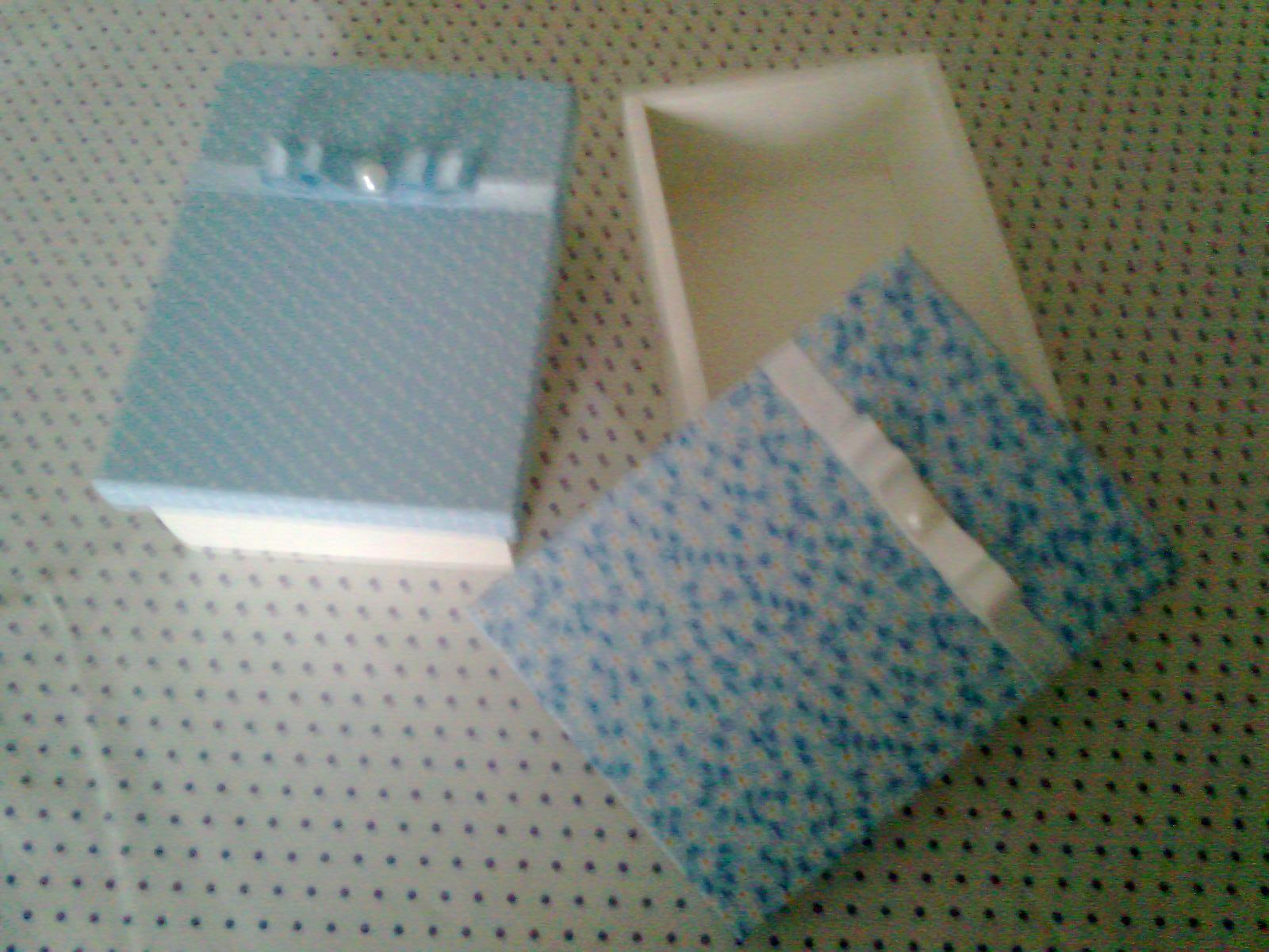 Caixas em MDF pintada com tampa forada em tecido 100% algodão com  #344D5D 1600x1200