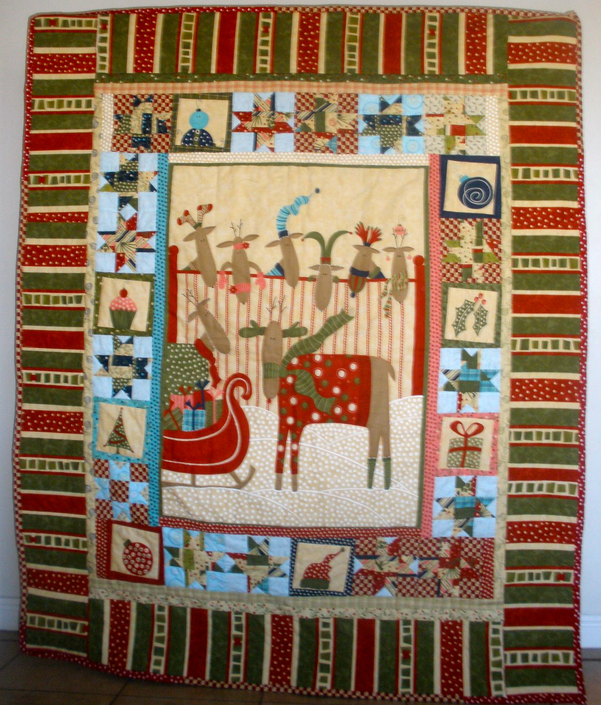 Quick-Tips Sewing: Crazy 8 Christmas Quilt : crazy eights quilt pattern - Adamdwight.com