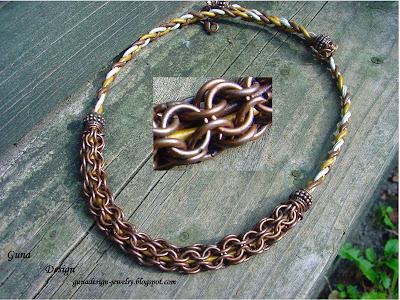 Chainmaille Necklace: captive chainmaille pattern