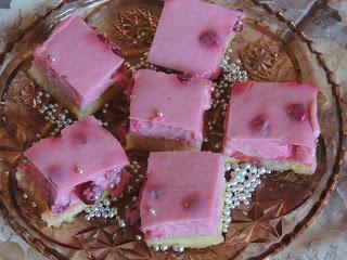Letnji kolač sa višnjama