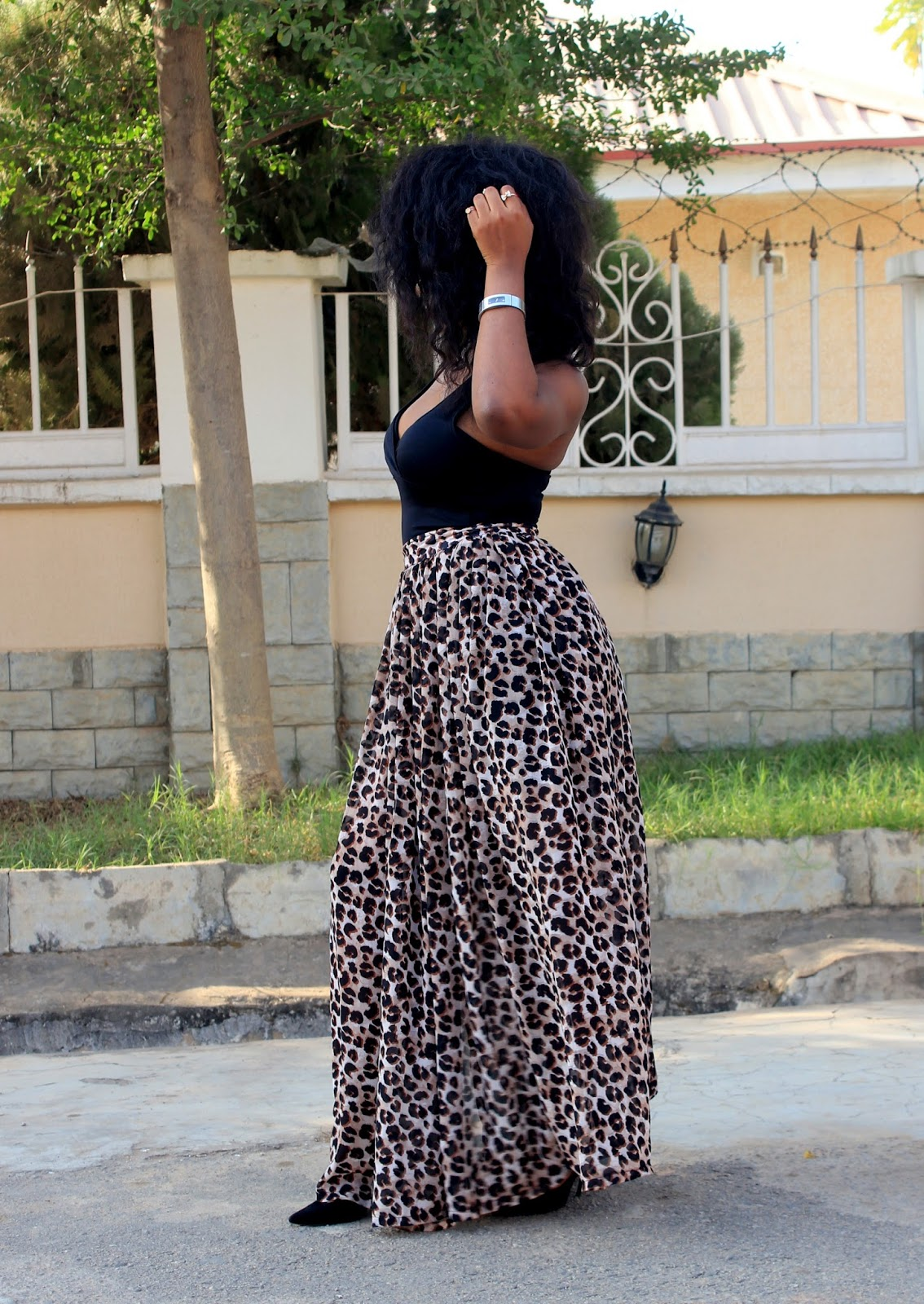 THE SLIT - MAXI SKIRT