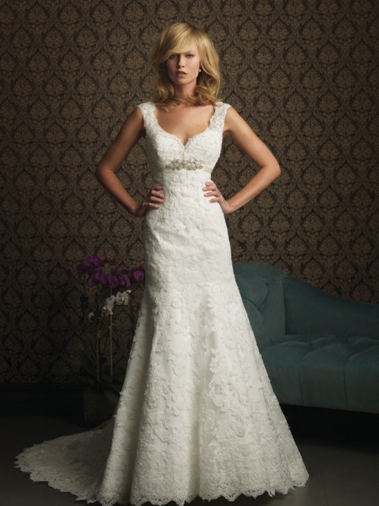 V neck wedding dress lace uk