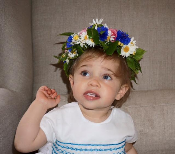 Princess Madeleine Shares A New Photo Of Princess Leonore