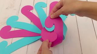 boîte cadeau ronde, boîtes cadeau en carton, selfpackaging, self packaging, self packing