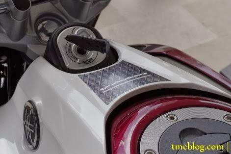 Warna dan striping baru New Vixion Lightning 2014