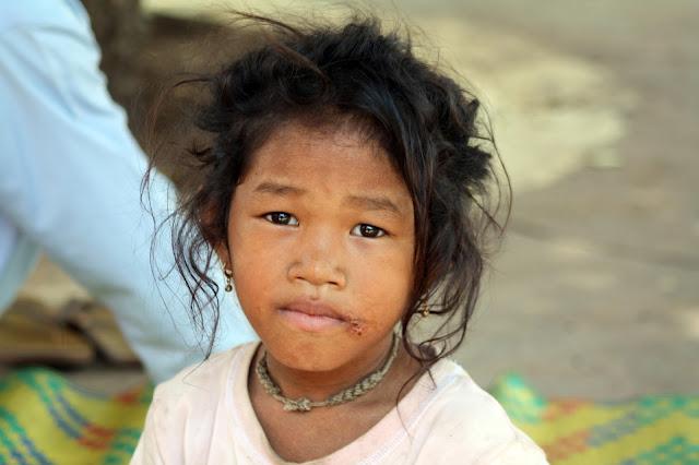 Visages du jour : Enfants khmers