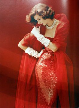 Suzy Parker in Norman Norell ~ photo by Milton H. Greene, 1952 #1950s #red #dress #vintage #fashion #sparkle