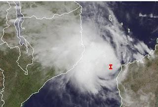 Ex-Zyklon IRINA formt sich zwischen Madagaskar und Mosambik neu - eventuell auch Südafrika bedroht, Irina, Afrika, Satellitenbild Satellitenbilder, aktuell, Indischer Ozean Indik, Zyklonsaison Südwest-Indik, Februar, 2012, Vorhersage Forecast Prognose,