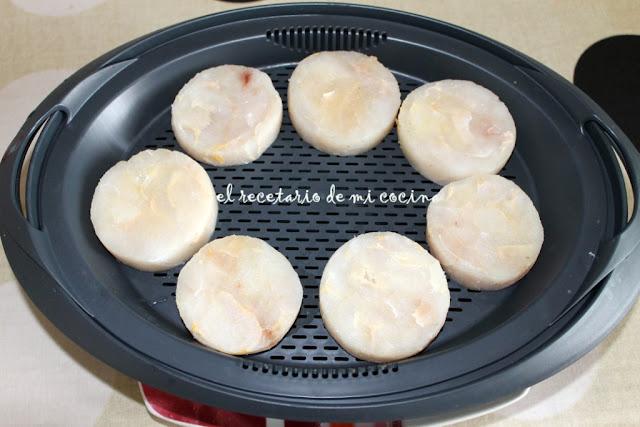medallones de merluza en salsa de puerros
