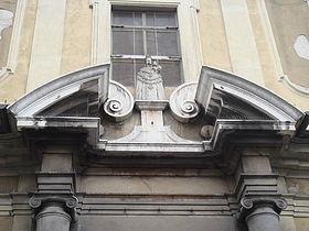 Cimasa elemento ornamentale usato in arte e architettura per cornici,porte,mensole,balaustre e arcate