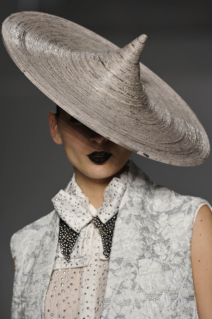 paper-hat