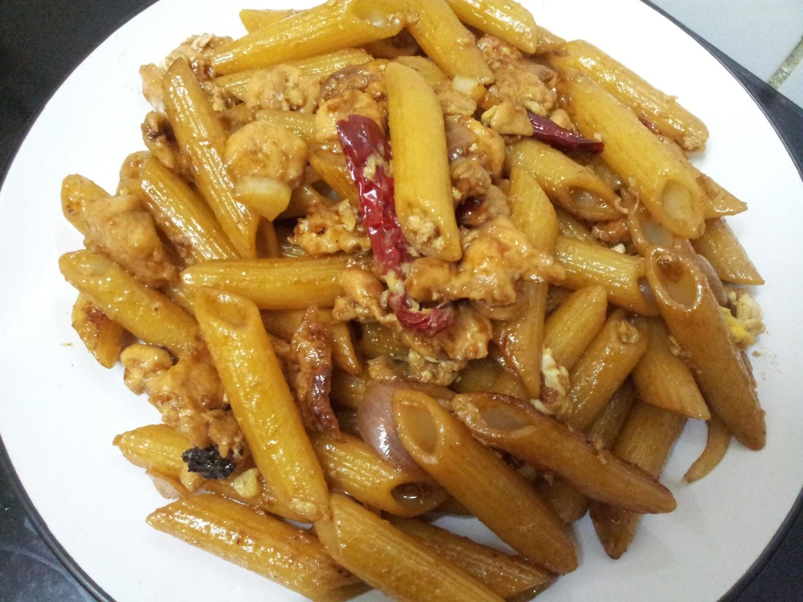 Sumanarthy's Kitchen: Stir Fried Penne Pasta