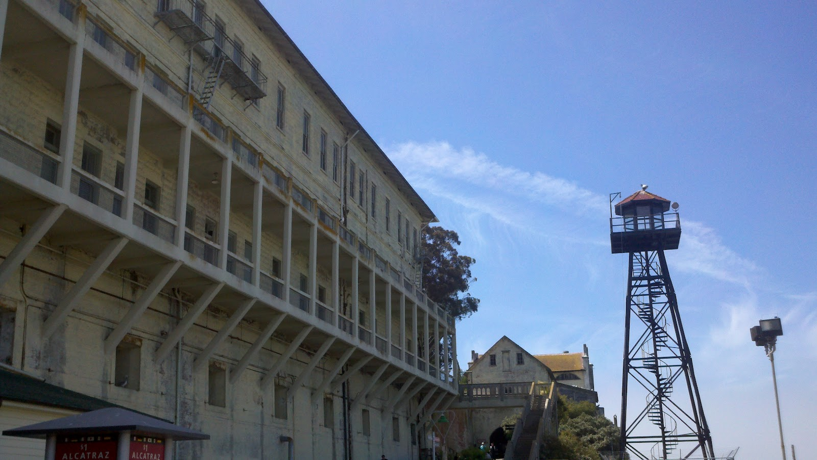 how to get to alcatraz from sausalito