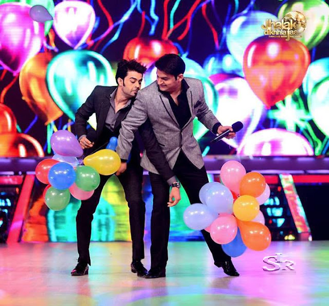 Comedian Kapil Sharma with Manish Paul in Jhalak Dikhhla Jaa