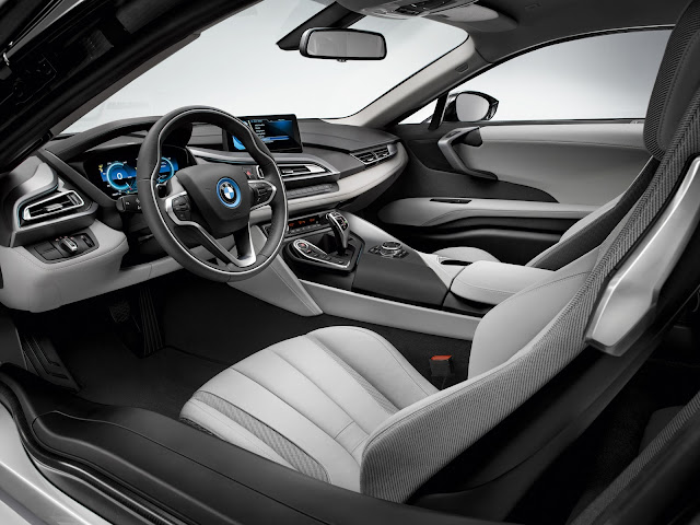 BMW i8 production version interior