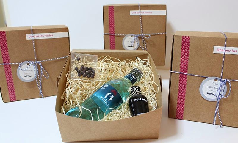 Algod n de luna pellizcos de bodas for Como hacer cajas para regalos de boda