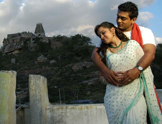dandu-palyam-movie-heroine-nisha-kothari-stills5