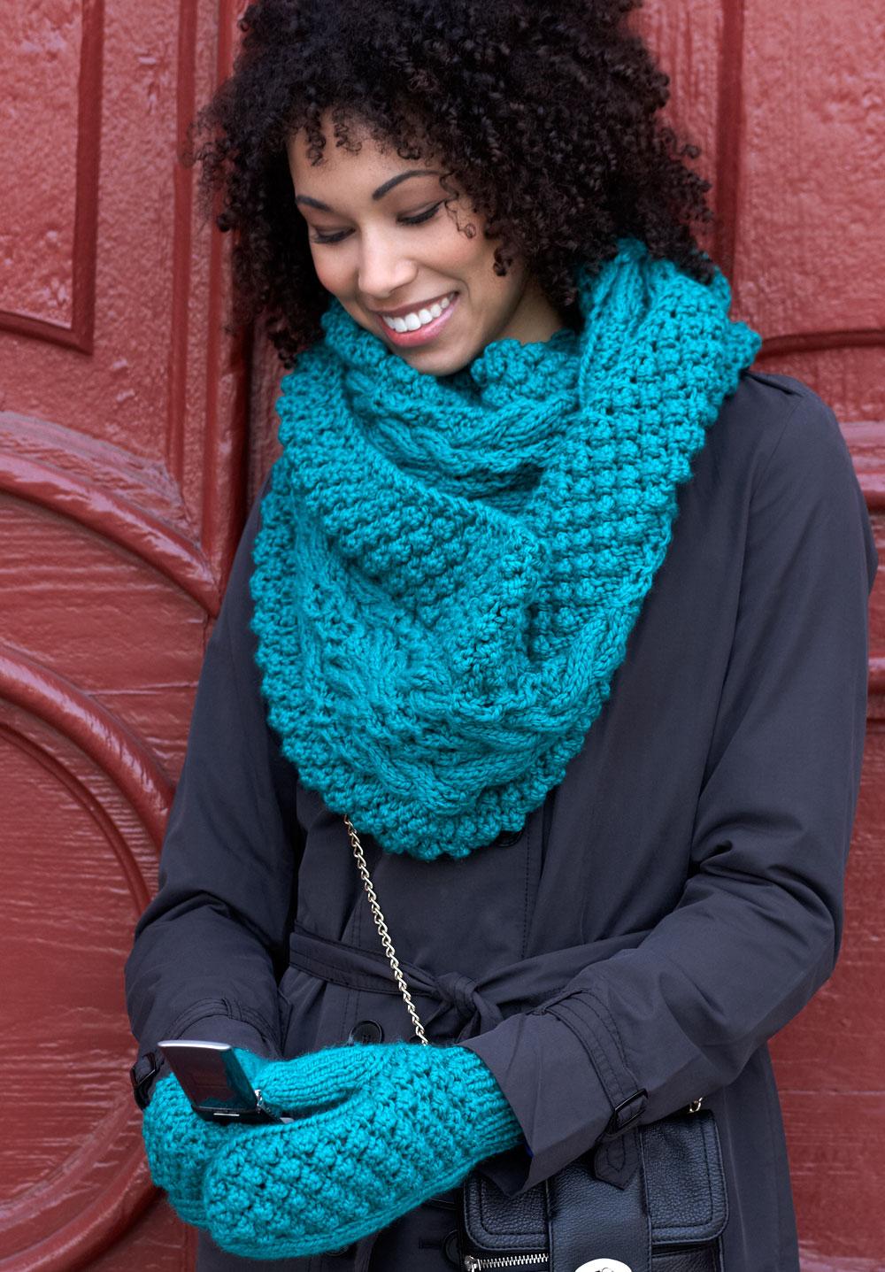 Снуд спицами для женщин: схемы вязания, новинки, узоры, размеры 58