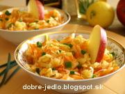 Jablkovo-mrkvový šalát s pažítkou - recept