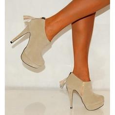 Sade ve şık bir ayakkabı modeli