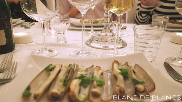 Partaveitsisimpukoita ja cavaa - www.blancdeblancs.fi