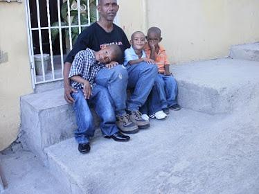 Mis hijos y yo.